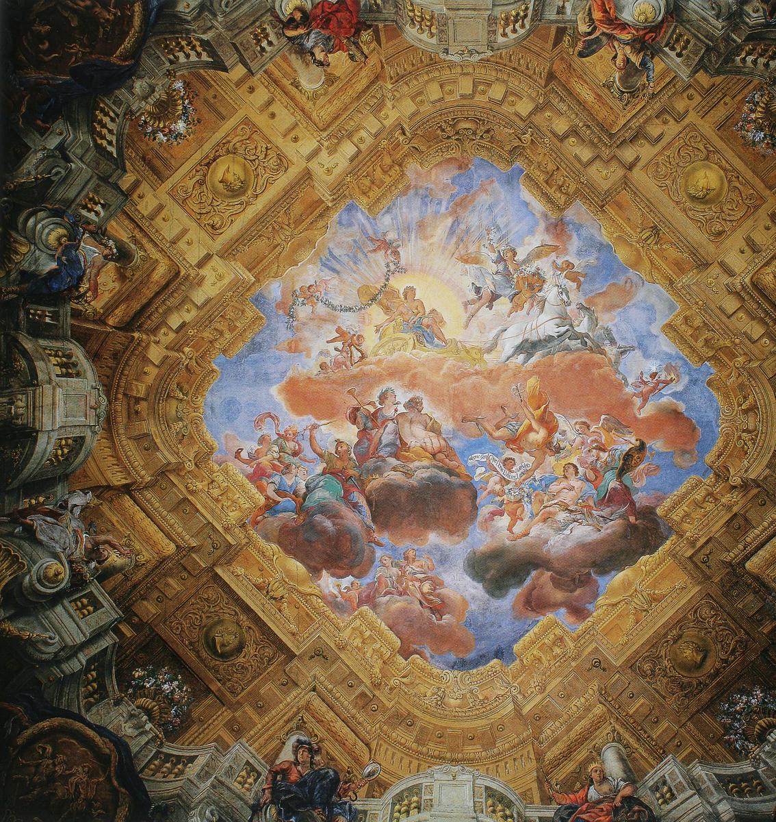 """1715–16/17, Fresko, Wien, Unteres Belvedere, Marmorsaal.<br>Quelle: <a href=""""http://prometheus.uni-koeln.de/pandora/image/show/trier-3d92f41fc360769118a4af9ad517eee0cda705d4"""">Prometheus</a>; publiziert in Lorenz, Hellmut: Geschichte der bildenden Kunst in Österreich. Barock. München 1999: Prestel. Lizenz: Zitat eines urheberrechtlich geschützten Werks (§ 51 UrhG) <br><strong>Erläuterung:</strong>  Apoll, zur Zeit der regierenden Habsburger als Verweis auf den Kaiser als der 'wahren Sonne' zu verstehen, fährt in seinem Sonnenwagen von den Musen begleitet vor einer hell leuchtenden Sonnenscheibe. Damit wird die Zeit des Sonnenaufgangs angezeigt, mit dem ein """"neuer goldener Tag beginnt, an dem die Künste und Wissenschaften erblühen"""". In der unteren Wolkenschicht erscheint Prinz Eugen als jugendlicher Held mit Lorbeer gekrönt. Er wird von Minerva, Fama und Merkur in den Himmel geleitet. Herrschertugenden als Personifikationen ergänzen das Bild des zu den Göttern emporgehobenen Eugen."""