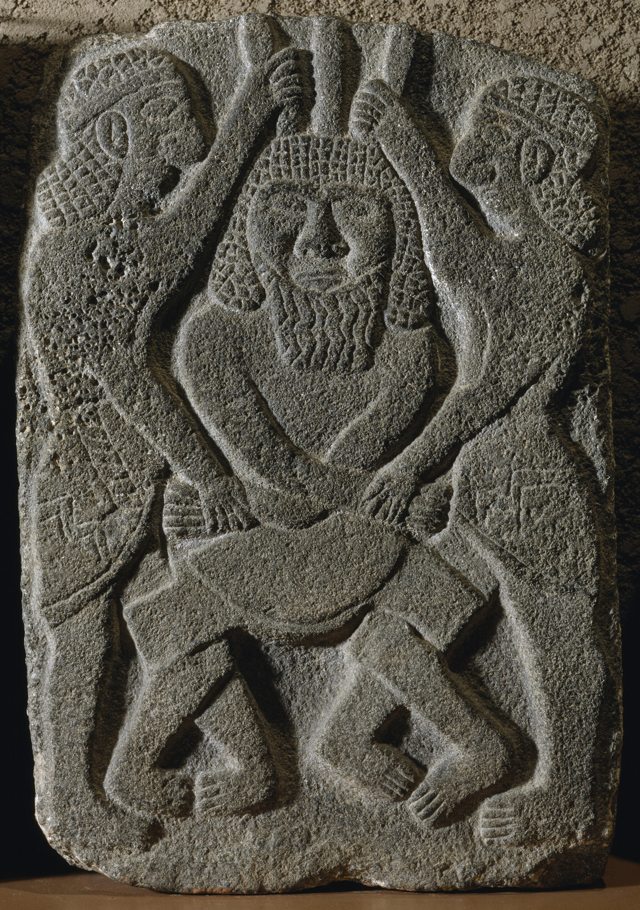 Steinrelief aus Syrien, 10. Jahrhundert v. Chr., Basalt, Höhe 63 cm, Baltimore, The Walters Art Museum, Inv.-Nr. 21.18.<br>