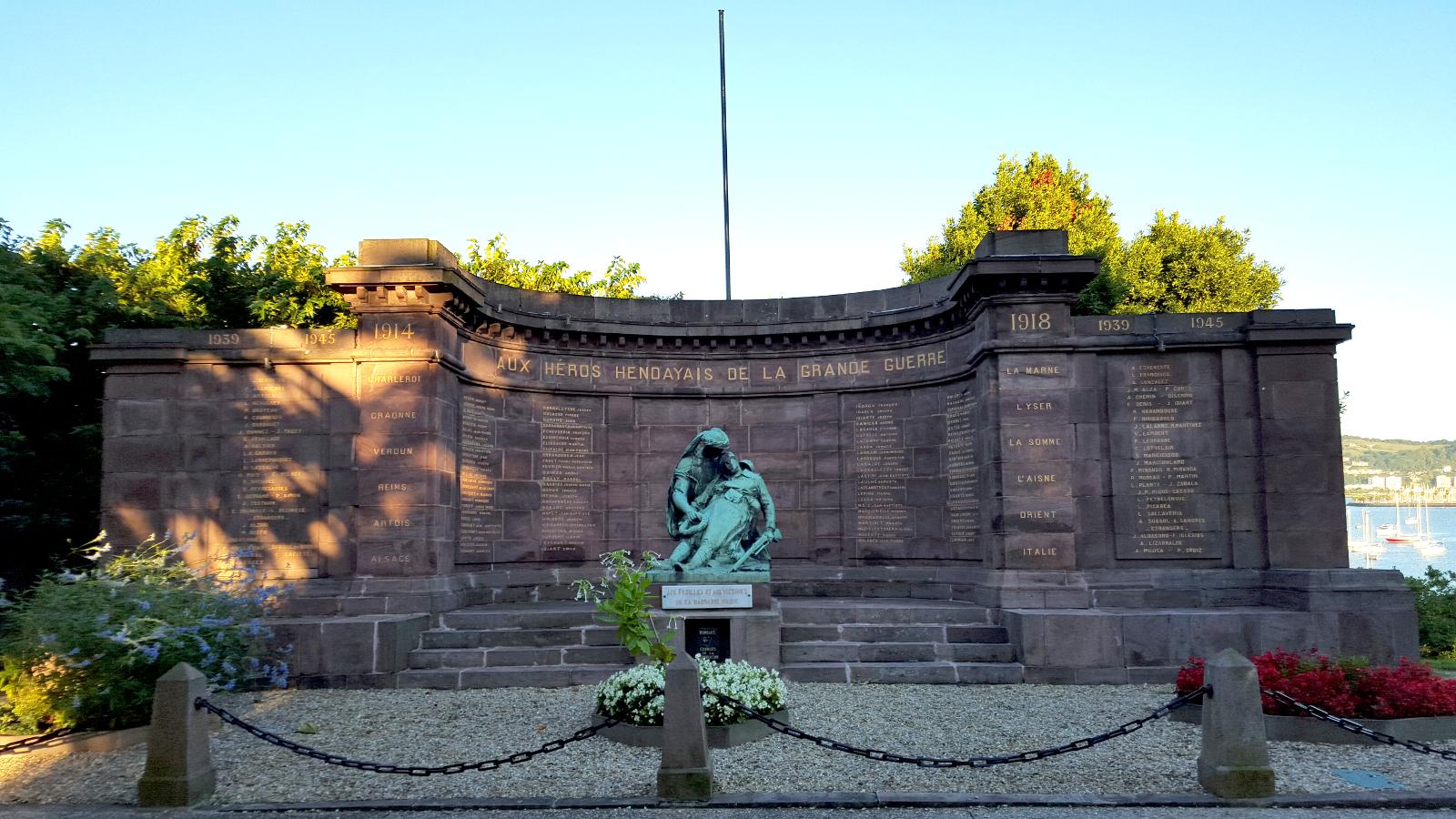 Monument aux morts de la guerre 1914–1918, Hendaye, 1921