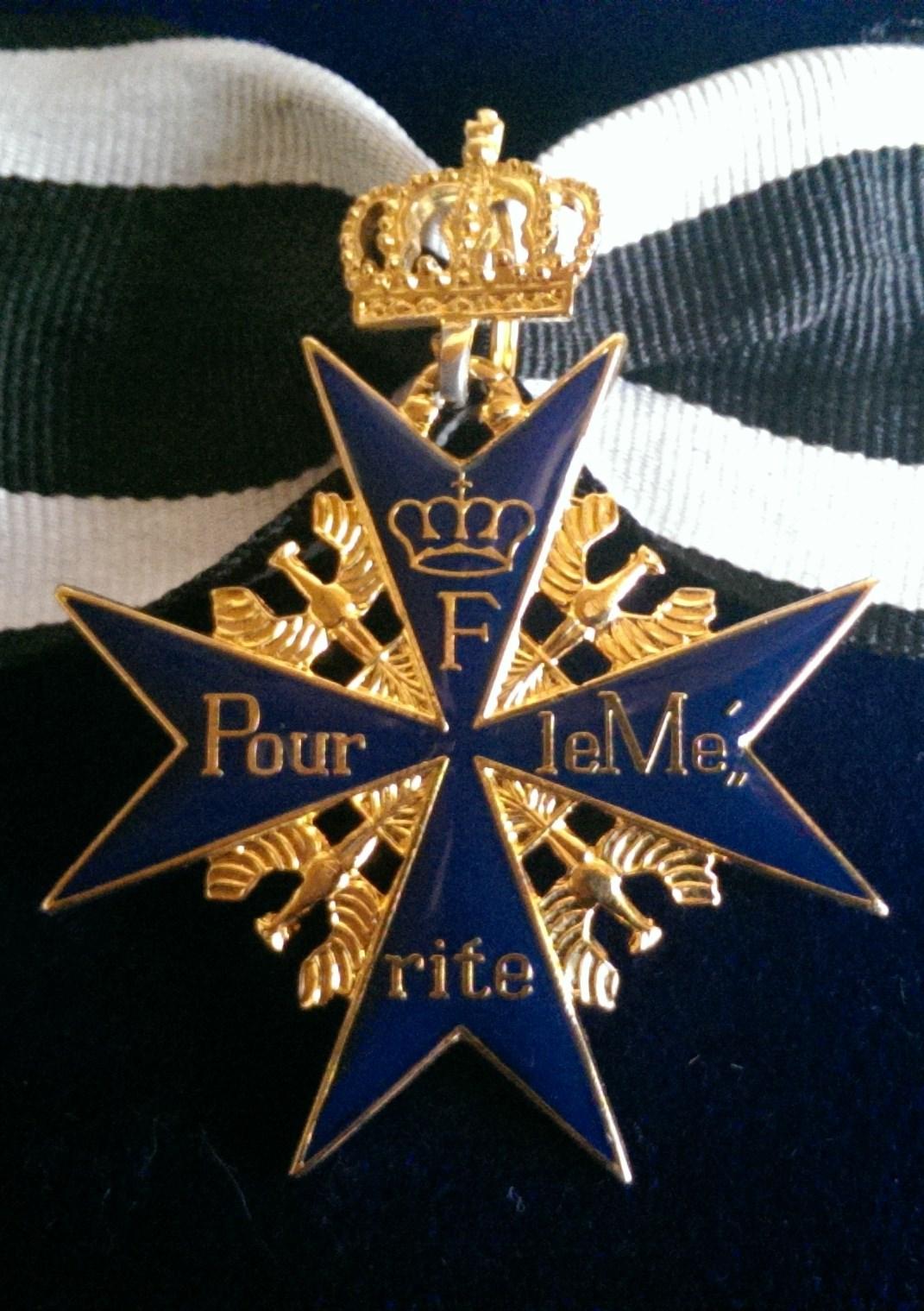 """Preussischer Hausorden """"Pour le Mérite"""" mit Krone"""